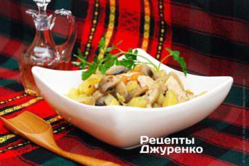 Курица с грибами и картошкой